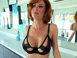 Immaculate Redhead MILF With A Shaved Pussy Giving A Deepthroat Blowjob After Getting Fingered